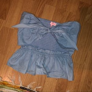 NWT knot front crop top